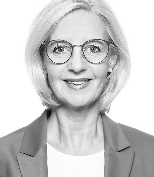 Petra Schmiedeknecht, Reisebüro Lunemann