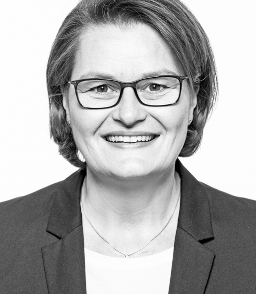 Dorothee Wiewel, Reisebüro Wiewel